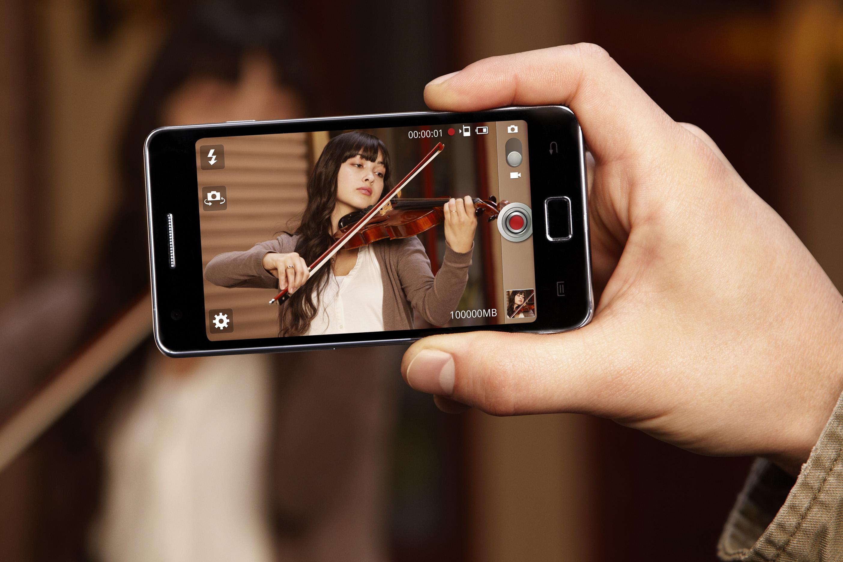 Знакомство с айфоном 4